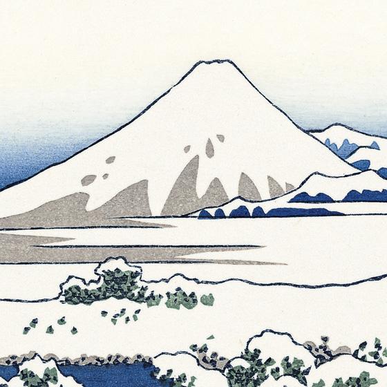 雪景色の中の富士山。一層白さが引き立ちます。